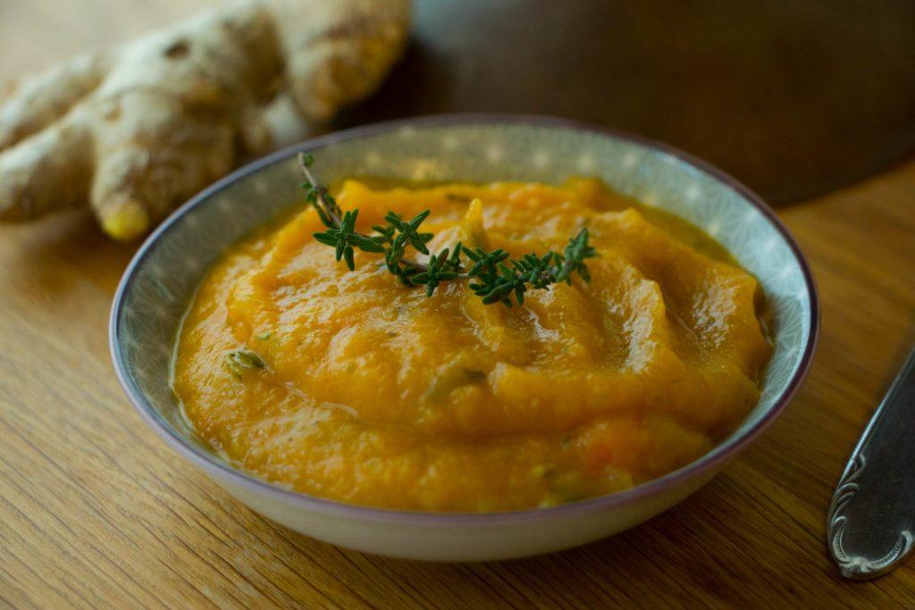 Herbal Hunter Kräuterblog – Ingwer – Heilpflanze 2018 – Rezepte – Möhren Ingwer Suppe