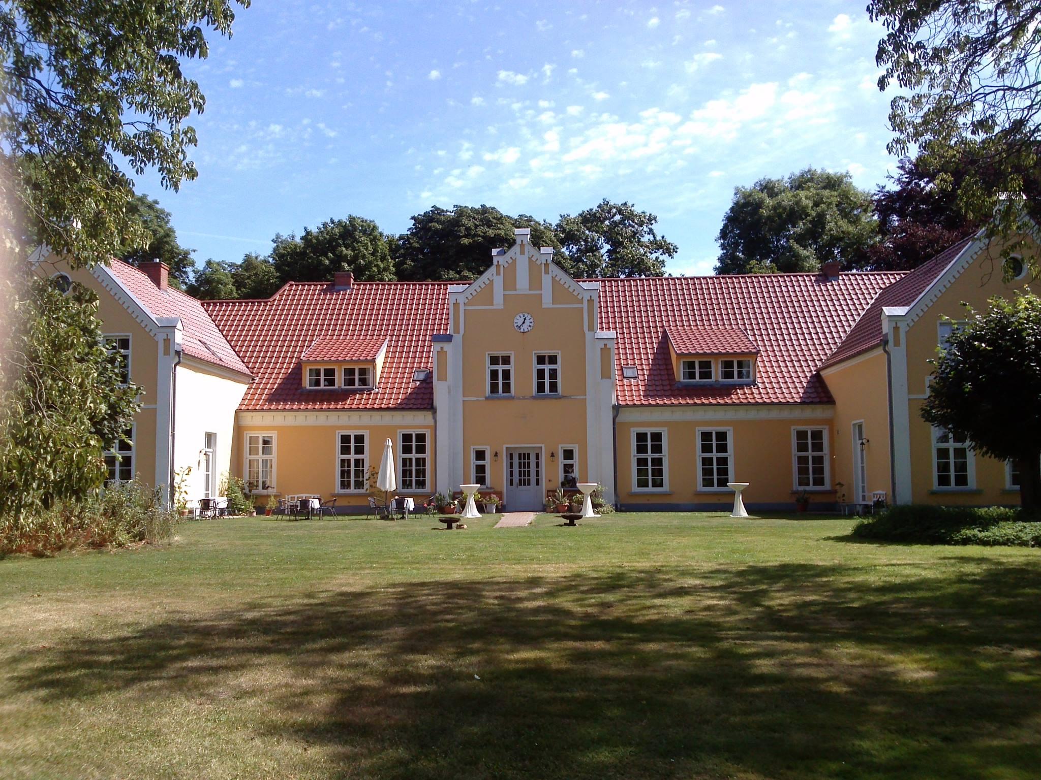 Herbal Hunter Kräuterwochenende im Wildkräuterhotel Gutshaus Ehmkendorf