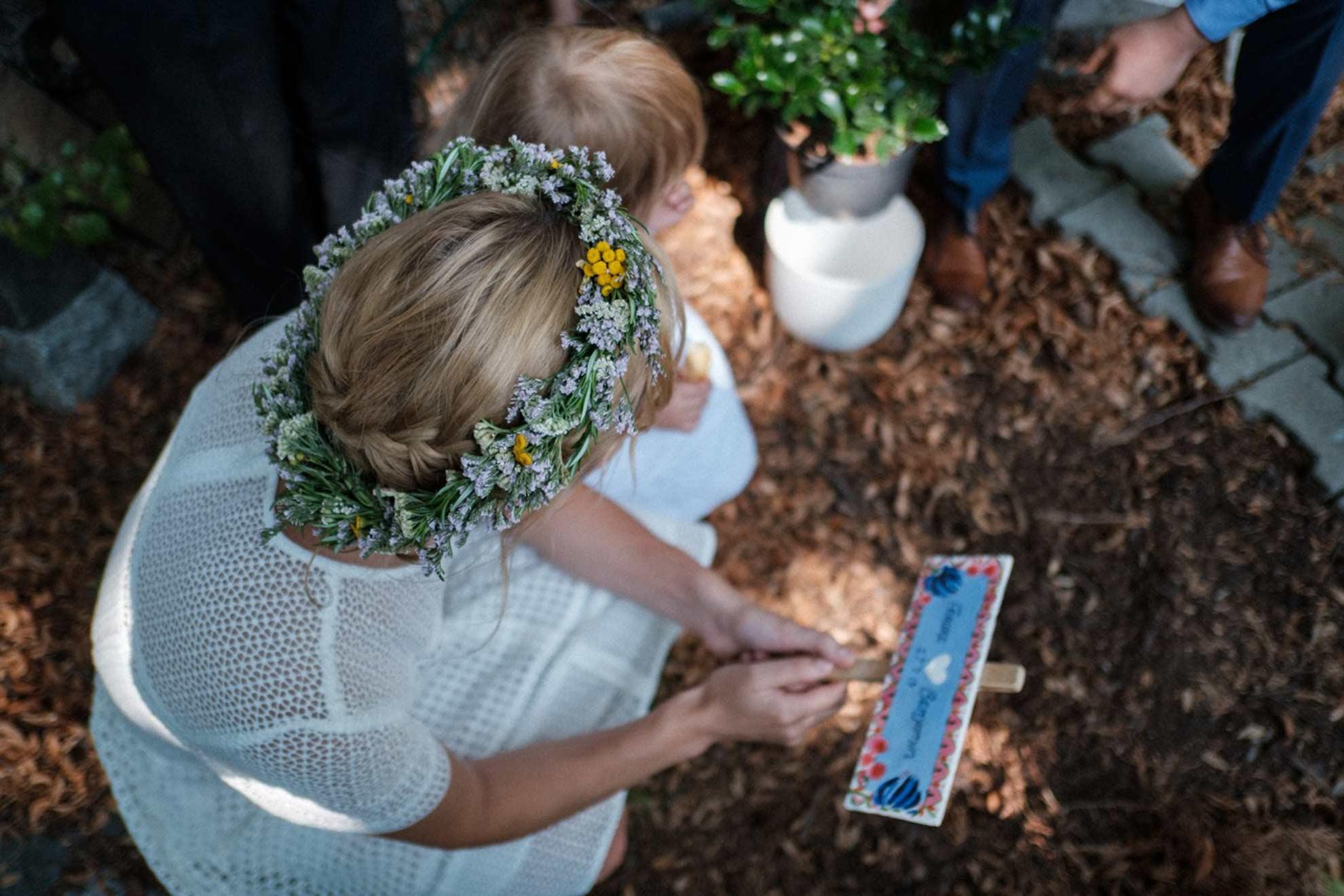 Blumen zur Hochzeit Herbal Hunter Wildblumendeko für dein Fest
