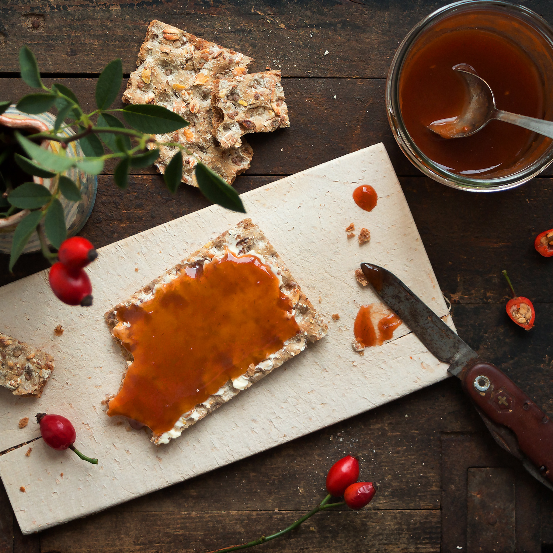 Rezept-Hagebuttenmus-Herbal-Hunter-Kräuterblog-saisonale Rezepte